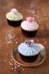 cupcakes in blau grün und rosa