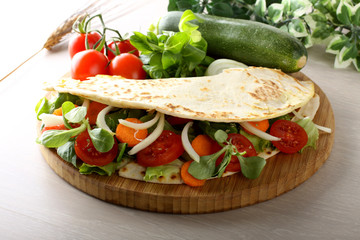 Piadina with mixed salad