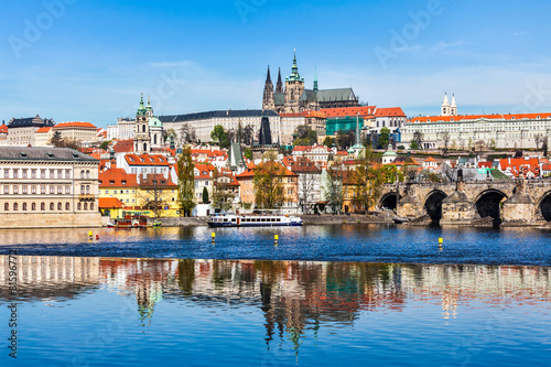 Leinwanddruck Bild Gradchany Prague Castle and St. Vitus Cathedral