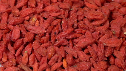Dried Goji Berries in Shell