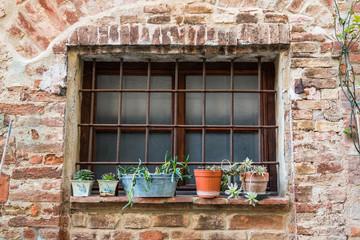 イタリア トスカーナ 民家の窓