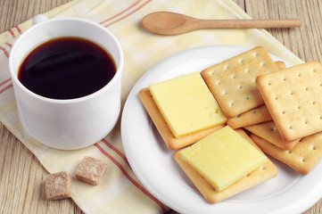 Coffee and cracker cookies with cheese