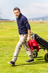 Serious golf player
