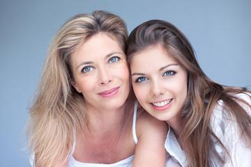 mère et fille beauté calme