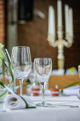 restaurant mit kerzen