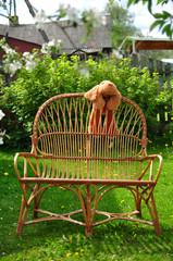 wicker lounge chair