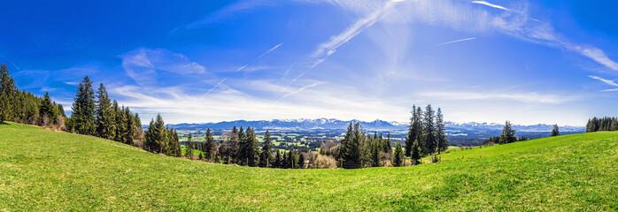 Bayerische Alpen Panorama aus dem Allgäu