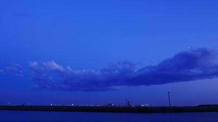 Twilight timelapse over Haneda International Airport