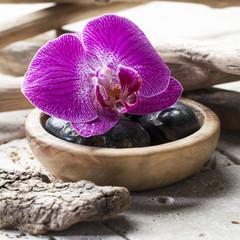 symbols of zen beauty for spa treatment