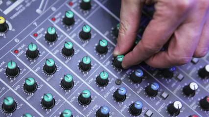 DJ hands