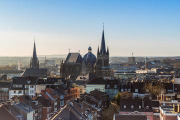Aachen Dom im morgenlicht