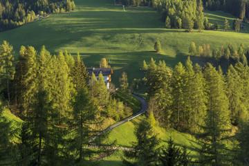 ドロミティ地方の田園風景
