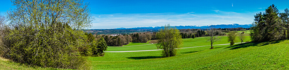 Alpenpanorama bei Wolfratshausen als Panoramabild