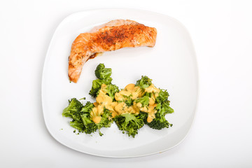 Salmon and Broccoli with Cheese Sauce
