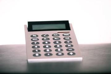 Taschenrechner auf dem Schreibtisch