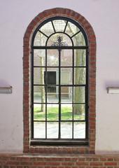 altes Gitterfenster