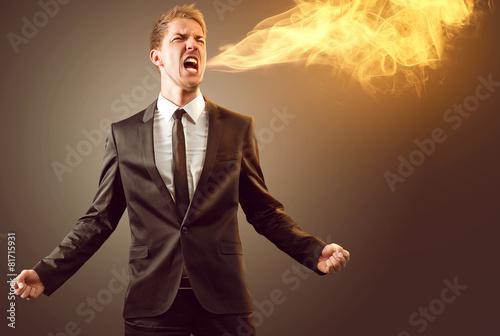Man spits fire - 81715931