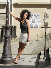 jeune femme parisienne