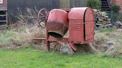Rote Betonmischmaschine