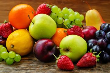 fruits. mango, lemon, plum, grape, pear, orange, Apple, banana,