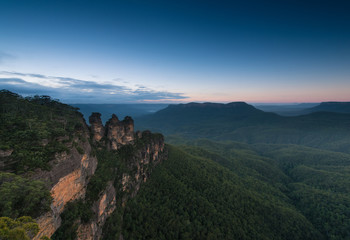 Sunrise from Blue Mountains national park.