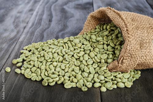 Foto op Canvas Koffie Green coffee beans