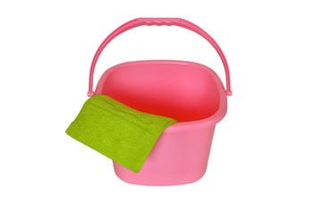 ピンクのポリバケツ