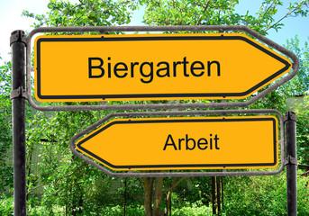 Strassenschild 40 - Biergarten