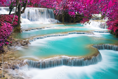 Poster Watervallen Turquoise water of Kuang Si waterfall