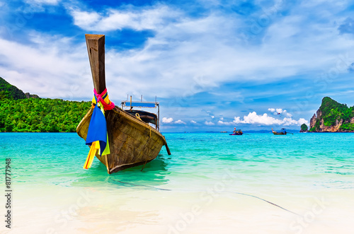 Deurstickers Overige Long boat and tropical beach, Andaman Sea, Thailand