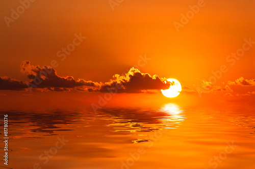 Foto op Canvas Baksteen Sunset with reflection in sea