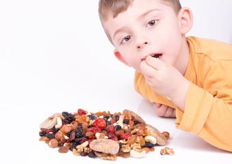 Çerez Yiyen Çocuk