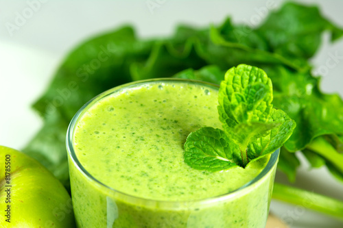 canvas print picture Healthy green vegetable  smoothie with apples,spinach,cucumber,l