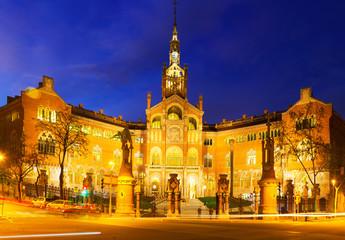 Facade of Hospital de Sant Pau in night