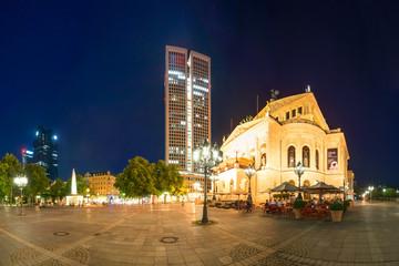 Alte Oper Frankfurt am Main Nachtaufnahme