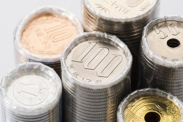 束になった日本の硬貨