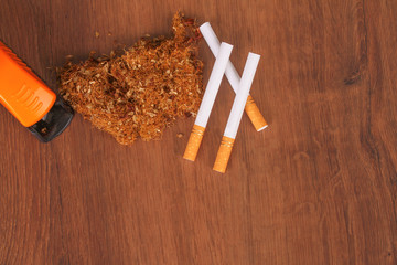 The Homemade cigarettes made with tobacco and other equipment