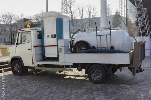plastic  toilet on  wheels