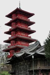 pavillon chinois et tour japonaise à Bruxelles