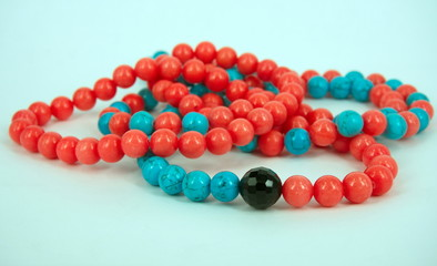 Coral and turquoise baeds necklace