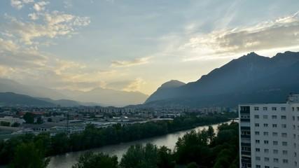 Zeitraffer Abend über Innsbruck