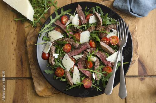 Leinwandbild Motiv Seared steak salad