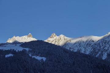 Berge und Gletscher in den Alpen