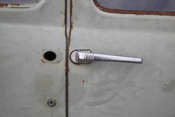 Türgriff an einer alten Autotür