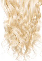 Picture presenting a blond wig