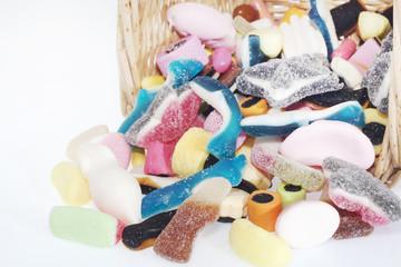 Cesta di caramelle gommose