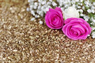 Rosen auf Dekosteine