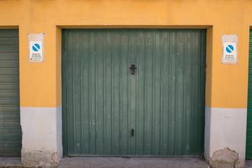 Saracinesca garage, verde