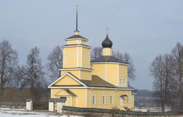 Церковь святого Георгия в Тригорском . Пушкинские горы