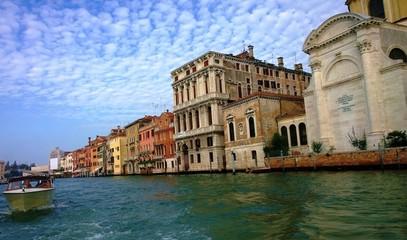 Улицы и каналы Венеции